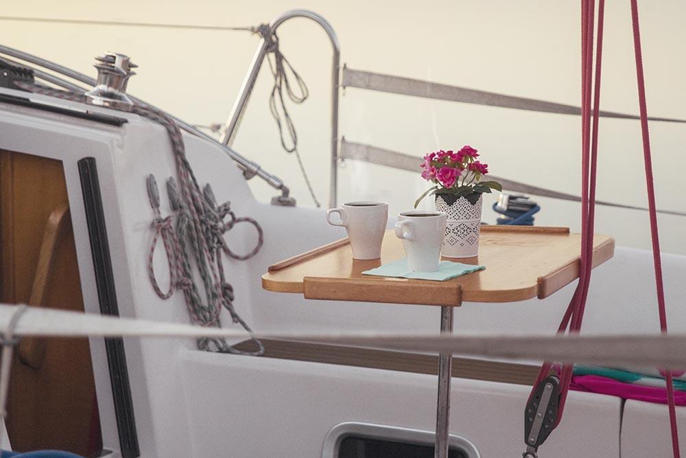 Billy.by яхта Мечта на Минском море  кофе на рассвете